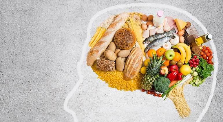 Alimentos que cuidan o dañan nuestro cerebro