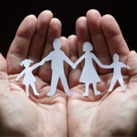 hands-family-w2